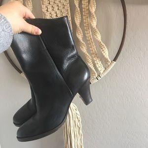 Frye black leather Calf Boots | EUC | 9 1/2